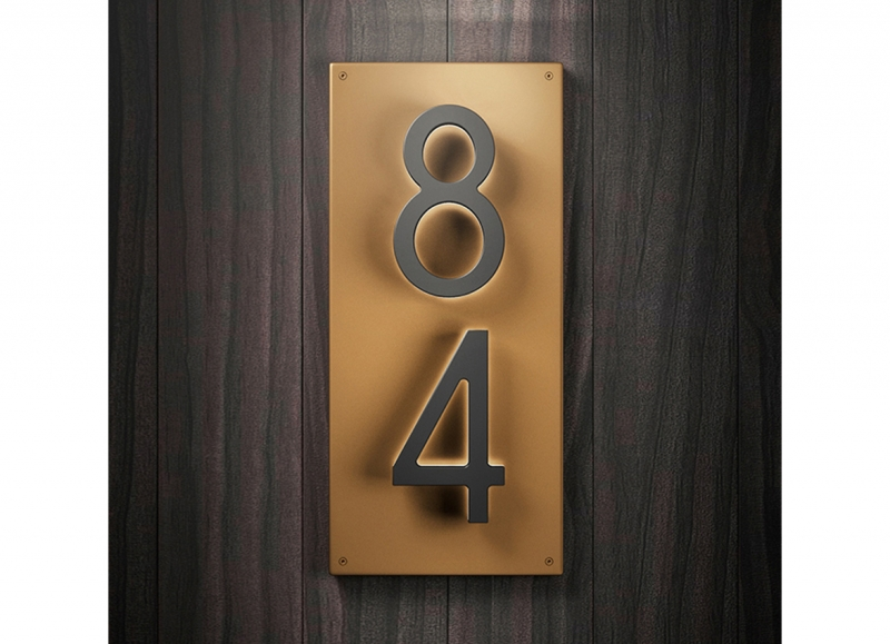 Vertical Backplate for 8″ Numbers